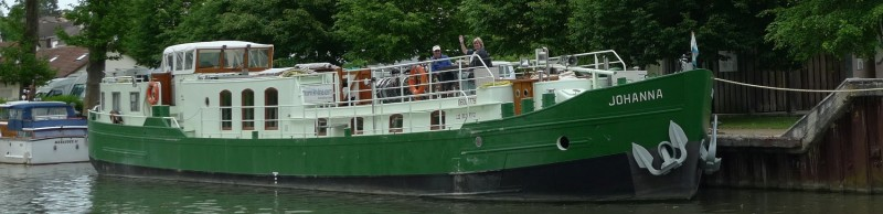 Barge cruise on canal de Briare