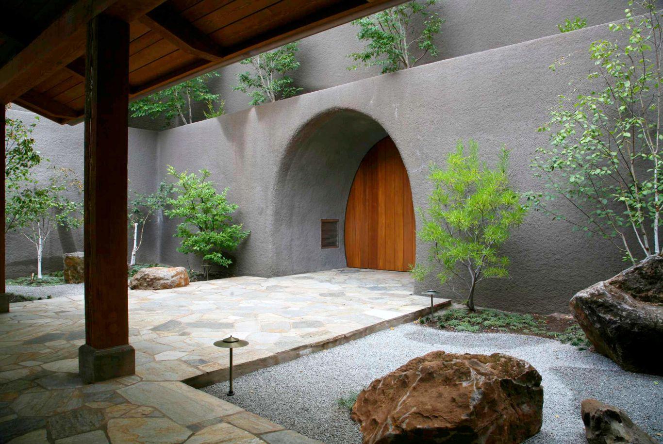 path and doorway at Brand Vineyards