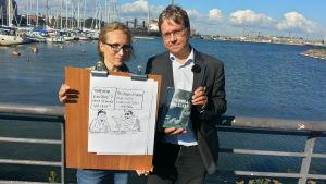 Pekka Sauri piirsi pilakuvan aiheesta Parempaa kuin seksi. Ja kirjoitti myös samannimisen romaanin.