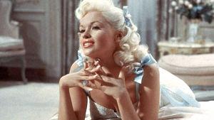 Jayne Mansfield elokuvassa Houkuttelevat huulet (1957).