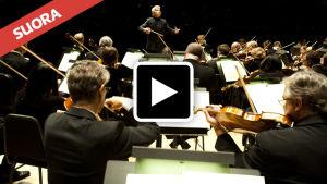 Toronton sinfoniaorkesteri ja kapellimestari Peter Oundjian.