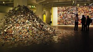 Erik Kessels fotoinstallation 24hr in photos på Fotomuseet i Helsingfors hösten 2014