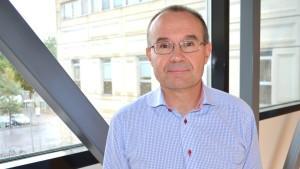 Överlärare Carl-Johan Rosenbröijer,  institutionen för ekonomi och affärsanalys vid Arcada.