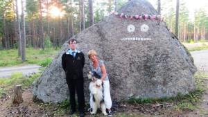 Kasper Kranck, Gia Mellin-Kranck, hund och hunden Schappe framför Mårran på Pellinge i Borgå skärgård