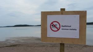 skylt om badförbud vid strand