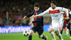 Lionel Messi och Maxwell kämpar om bollen våren 2013.