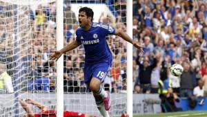 Diego Costa firar ett mål mot Leicester