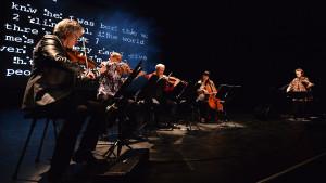 Laurie Anderson och Kronos Quartet uppträdde på Helsingfors festspel 2014.
