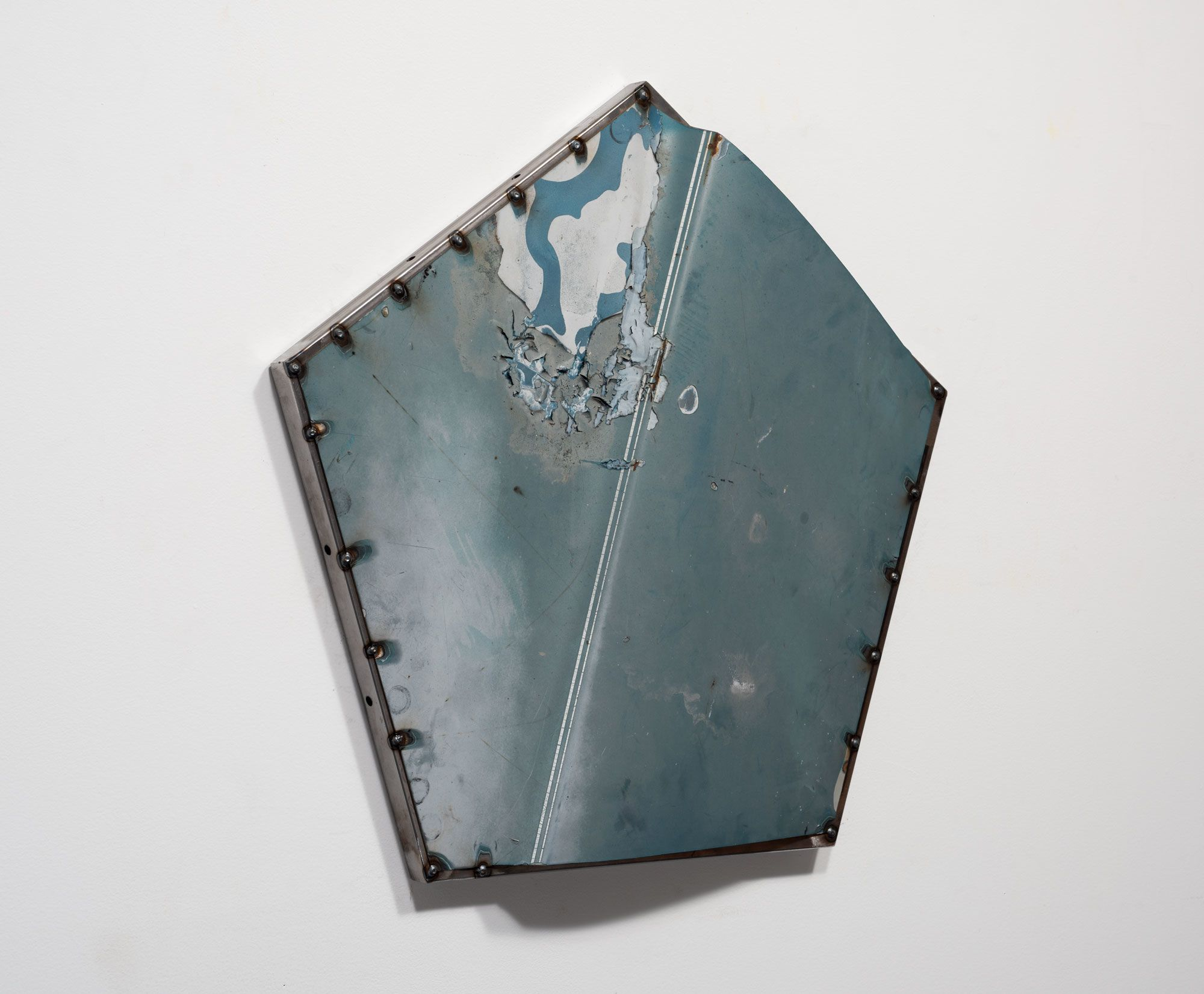 Five Point Hood Shield (light blue), detail