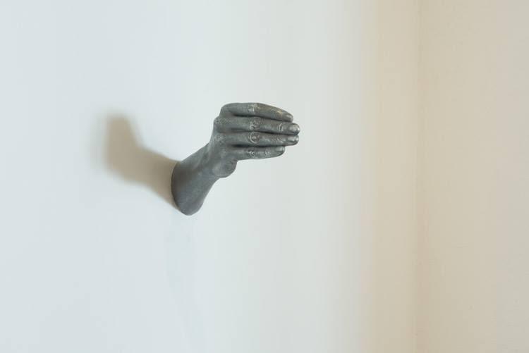 hands-up-don't-shoot-horn