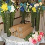 Table flowered centerpieces and artifical flowers