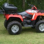2005 4x4 Automatic 650 Artic Cat ATV
