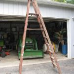Wood Platform Ladder/Portable Tree Stand