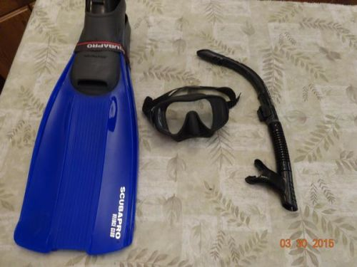 Scuba Pro mask,snorkle,and fins.
