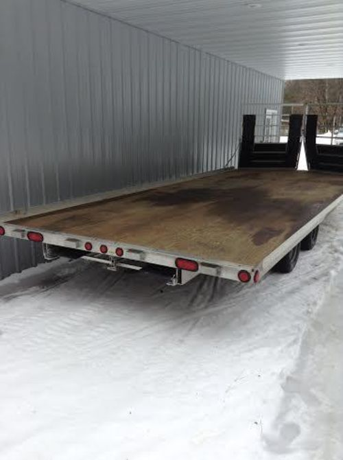 2008 Triton 4 Place 18' V-Nose Trailer