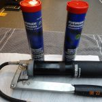 Grease Gun & 2 New Evenrude Wheel Bearing Grease