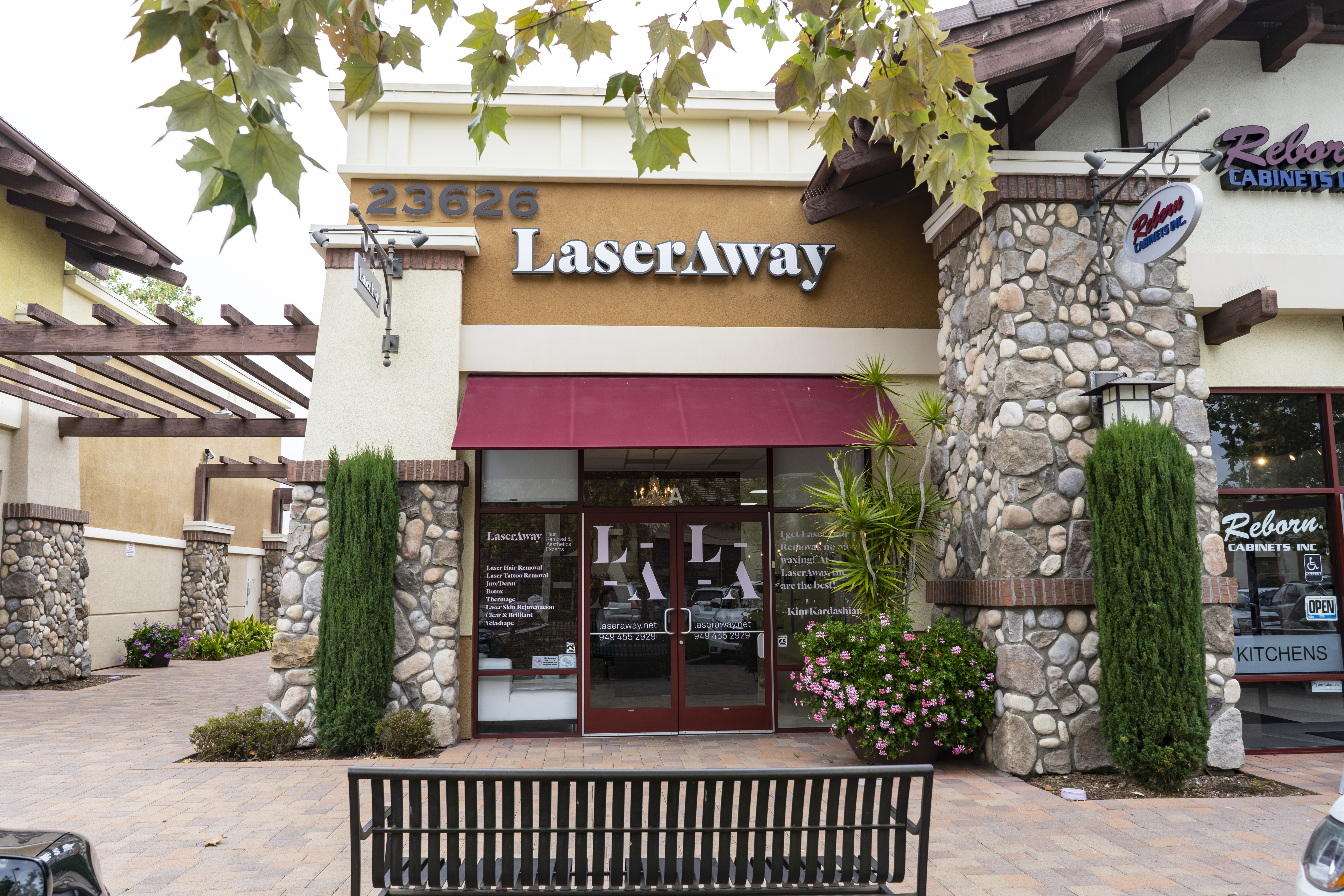 LaserAway Lake Forest Clinic Image