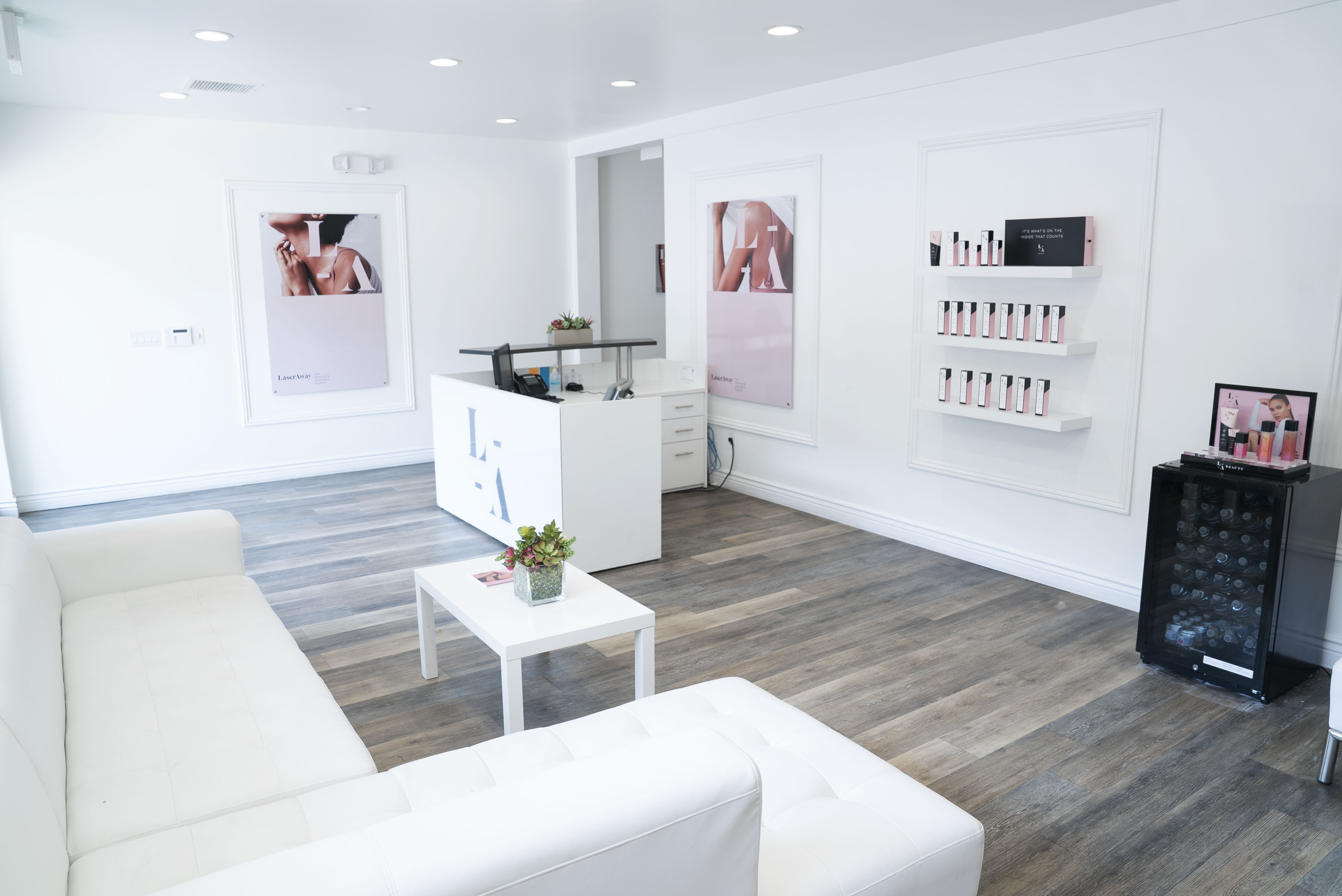 LaserAway Beverly Hills - Robertson Clinic Image
