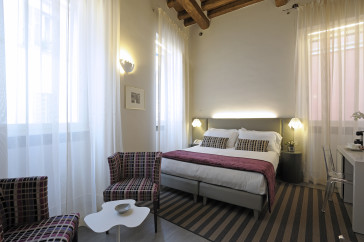 Apartamentos Trevi Palace Luxury Apartments 1