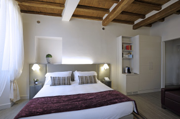 Apartamentos Trevi Palace Luxury Apartments thumb-4