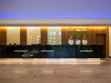 Hotel Pullman Berlin Schweizerhof thumb-2