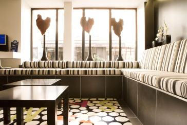 Hotel standard design hotel paris from 76 for Standard design hotel paris