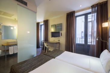 Hotel Petit Palace Posada Del Peine thumb-2