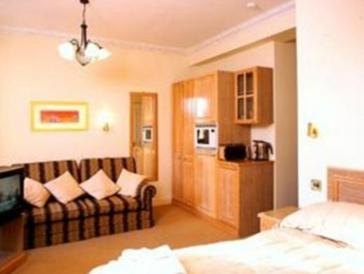 Hotel The Gresham Hotel 1
