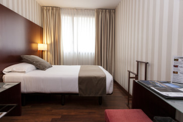 Hotel Zenit Borrell 1