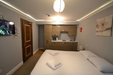 Hotel Hyde Park Suites 1