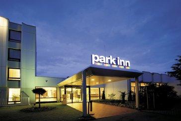 Hotel Park Inn By Radisson Hamburg Nord thumb-2