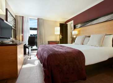 Hilton London Kensington Hotel 1