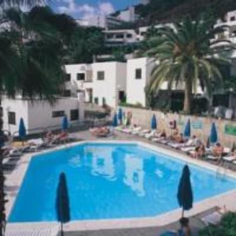 Apartamentos heliomar palmeras puerto rico rumbo - Apartamentos cumana puerto rico ...