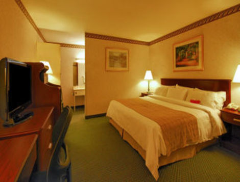 Ramada Inn Boston Hotel