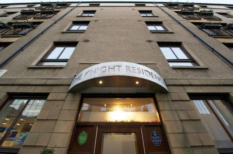 The Knight Residence By Mansley Serviced Apartments Hotel