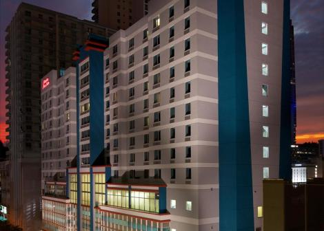 Hampton Inn & Suites Miami/brickell-downtown Hotel