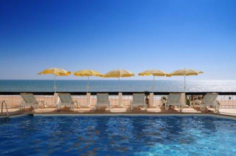 Hotel Holiday Inn Algarve - Armacao De Pera