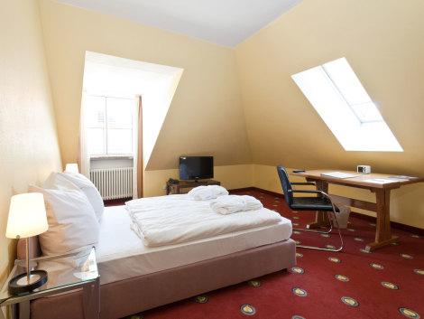 Golden Leaf Hotel Altmunchen Hotel