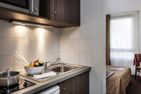 ivry sur seine hotels from 45 cheap hotels. Black Bedroom Furniture Sets. Home Design Ideas
