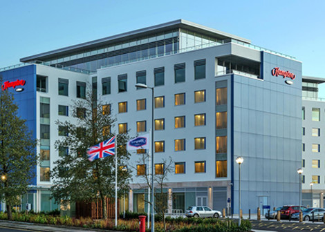 Hotel Hampton By Hilton London Luton Airport
