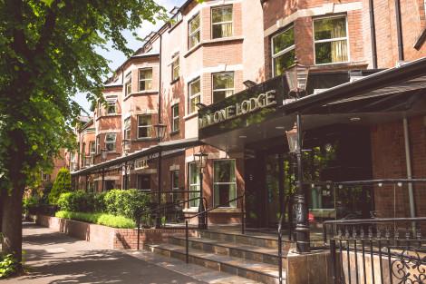 Malone Lodge Hotel Apartahotel
