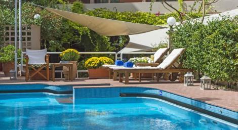 HotelCivitel Akali Hotel