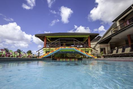 HotelGrafton Beach Resort