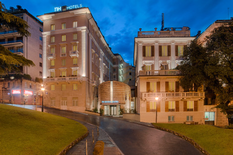 HotelNH Genova Centro