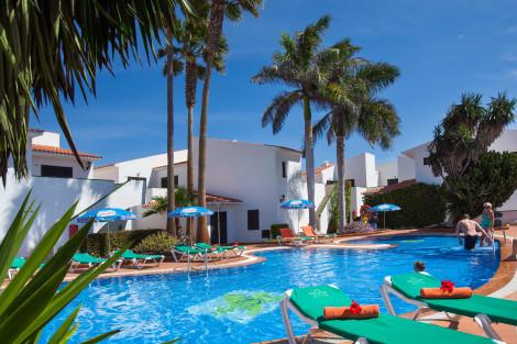 Apartahotel Puerto Caleta Apartments