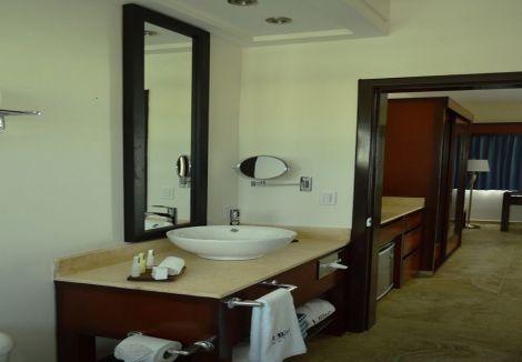 HotelHotel HBlue