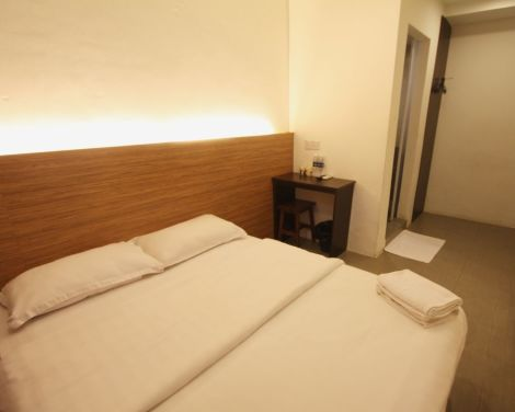 Hotel Place2Stay - Airport