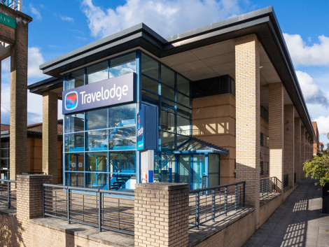 Travelodge Milton Keynes Central Hotel