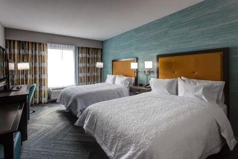 HotelHampton Inn & Suites Wichita/Airport