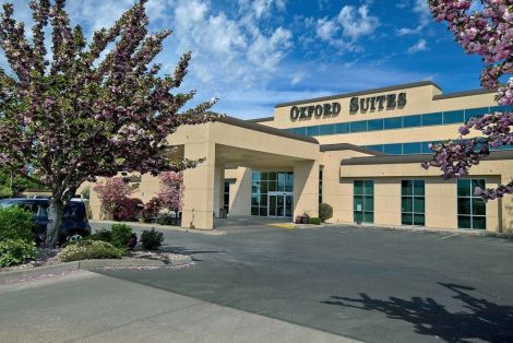 Hotel Oxford Suites Yakima